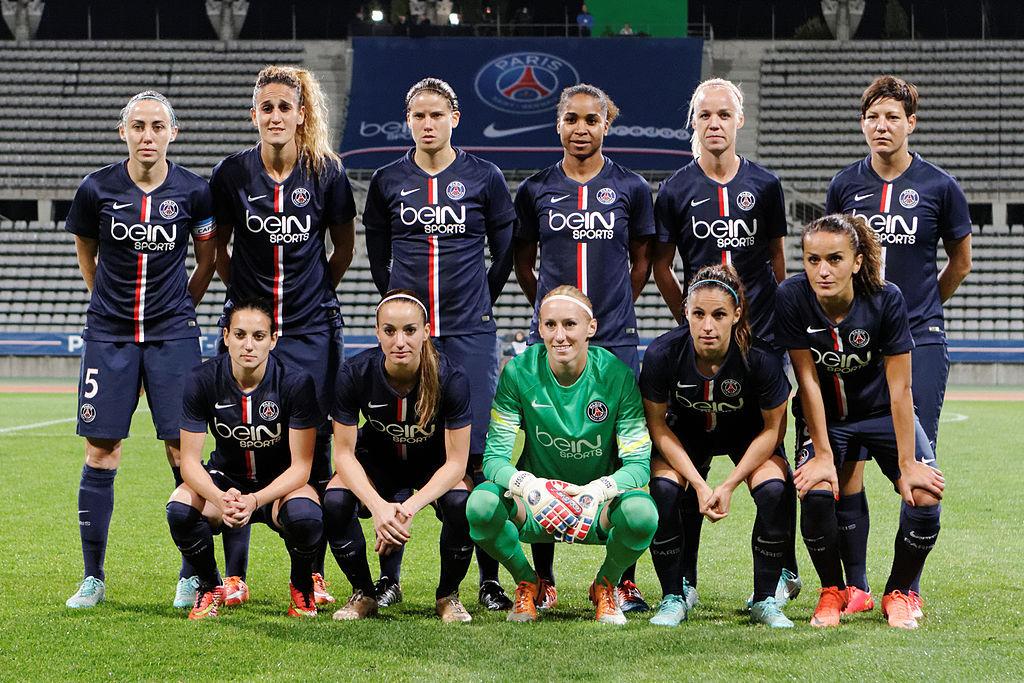 Photo d'équipe de la section féminine du PSG - (2014)