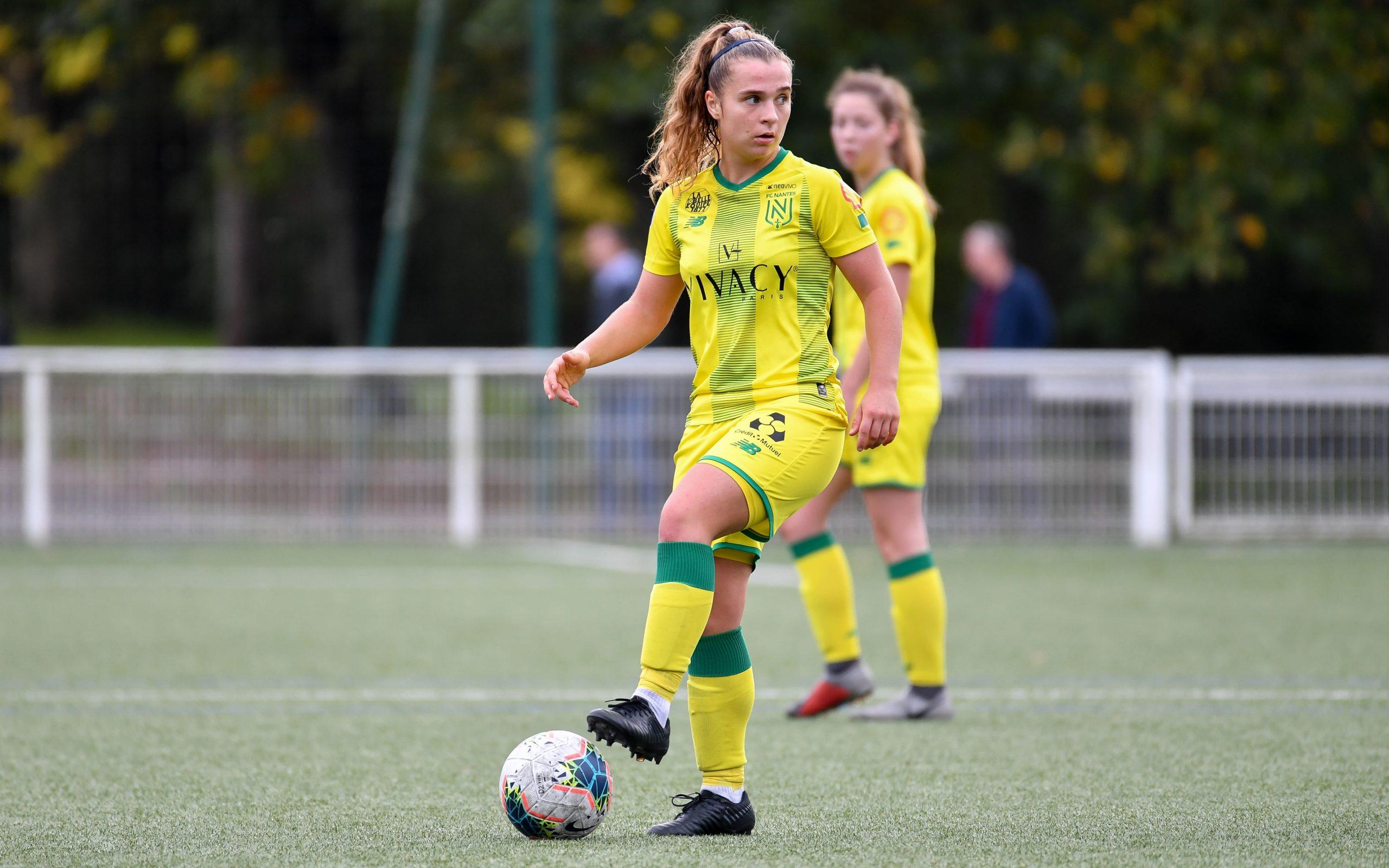 Leila Peneau FC Nantes