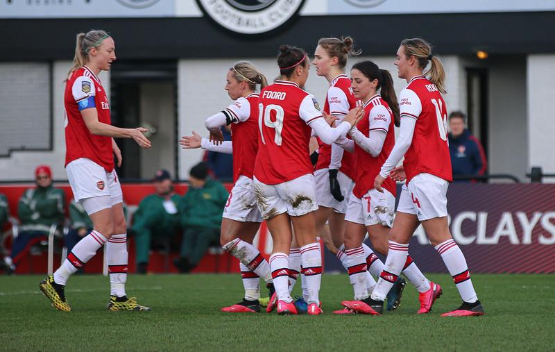 Arsenal WFC célébrant un but