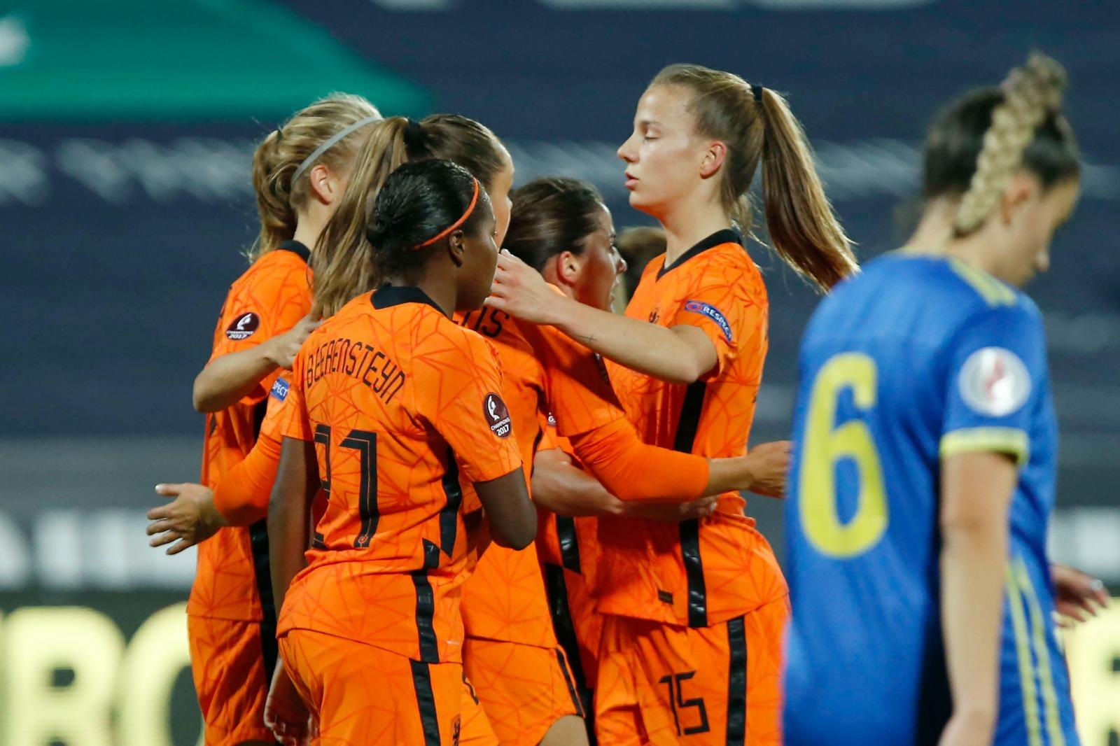 (C) OranjeLeeuwinnen