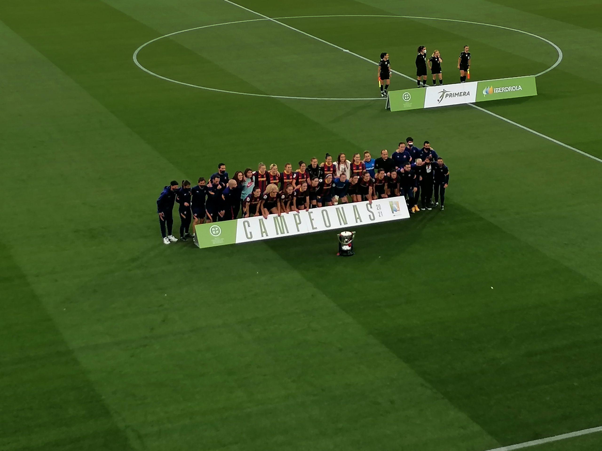 FC Barcelone Campeonas Primera Iberdrola - Crédit : L'Équipière