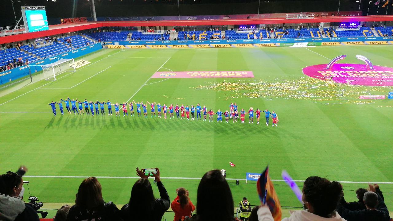 FC Barcelone célébration familles - crédit : L'Equipière